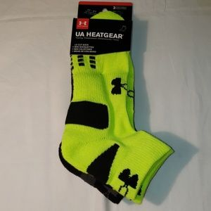 NWT UNDER ARMOUR LOW CUT SOCKS 3 PAIRS 4Y-8Y